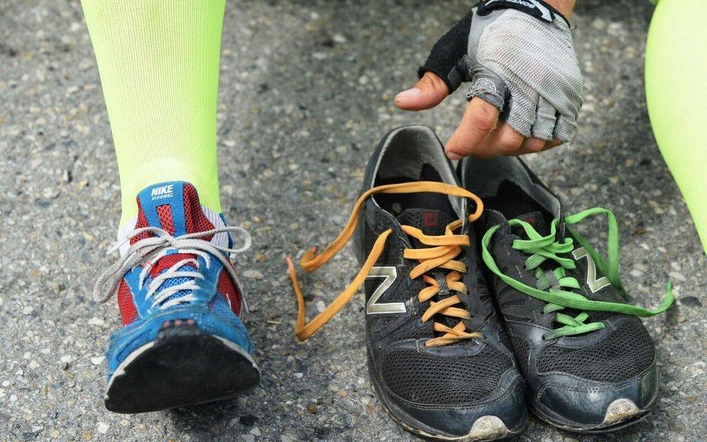 Blog pana Lišky - Jaké boty vybrat pro jízdu na koloběžce?
