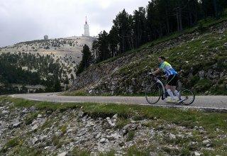 Mont Ventoux triple na koloběžce