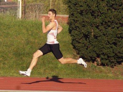 Hrdý závodník pražské Slavie - Michal Tlustý.