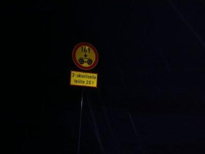 Reflexní prvky jsou v noci velmi dobře vidět