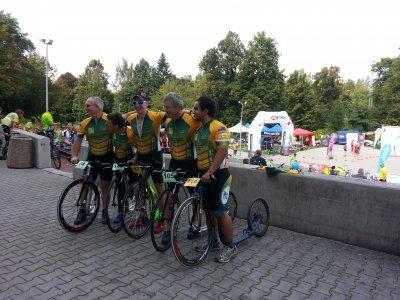Australský tým objíždí MS od roku 2006. V ČR je během závodů okradli, ale jinak byli spokojení...
