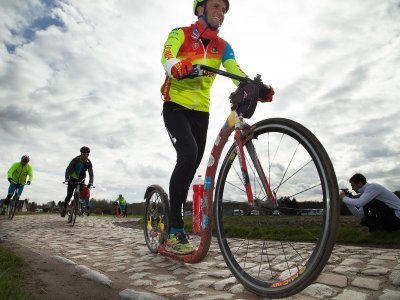 Paříž - Roubaix, stále stejný setup, pouze řídítka z Kickbike Cruise MAX