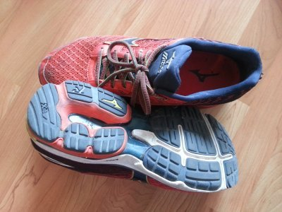 Klasická běžecká obuv - Mizuna na Giro