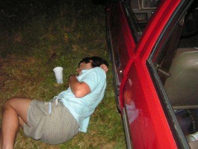Kdo nevydržel tempo Formana, vypadl z auta a jak spadl, tak zůstal