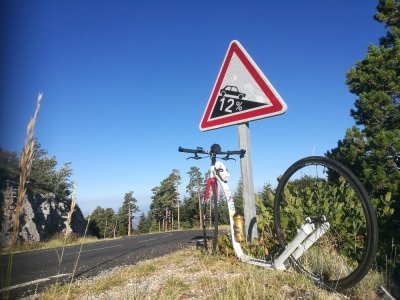 Jelenův Kickbike Race Max 28 a Mont Ventoux