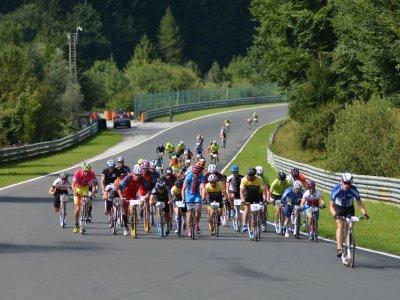 Dlouhý závod na Slazburgringu