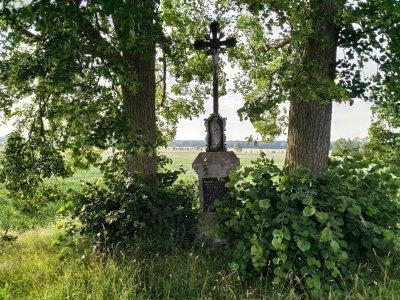 Ten křížek tu stojí přesně 130 let a necelý měsíc