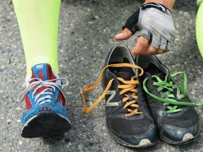 Běžecké boty na asfalt - Nike Zoomkatanara 3R a New Balance - moje boty, v kterých jsem objel Tour de France