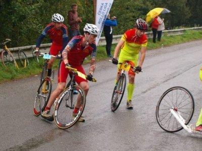 Žlutočervené duo Kulka, Pelc v boji o titul mistra světa v dlouhém závodě před dvěma lety