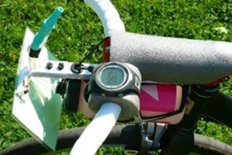 Fidovo vychytávky - držák startovního čísla