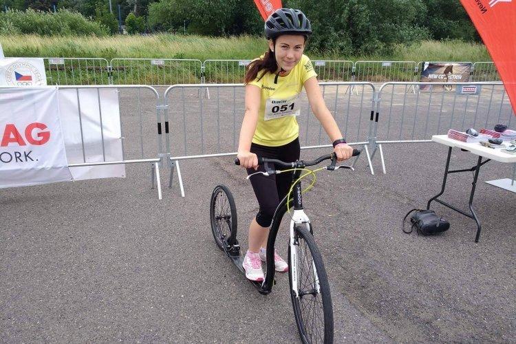 Můj první koloběžkový závod - Bára Nováková