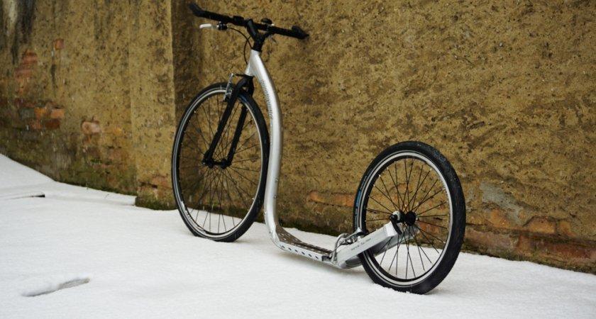 Sport MAX je k dostání za 13490,- Kč, klasicky v leštěném hliníku