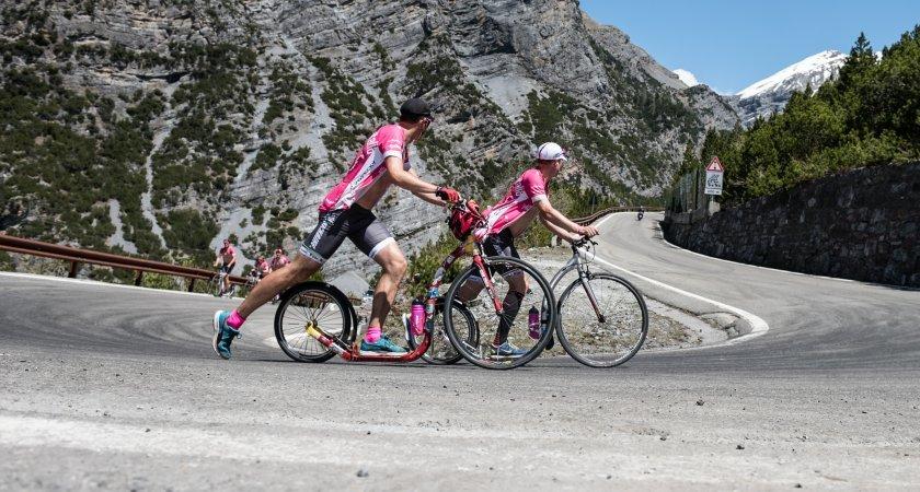 Expedice jako Giro na koloběžce proslavili stroj Kickbike Race MAX 20