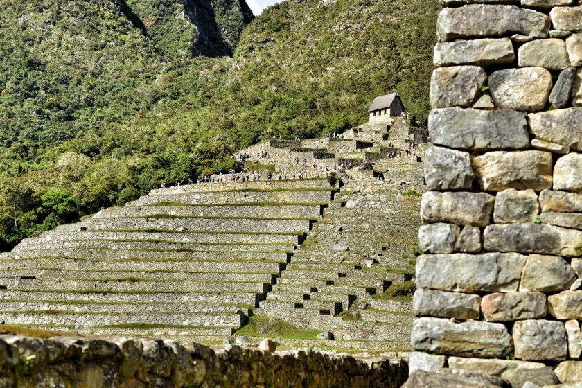 Zřejmě první koloběžkáři na Machu Picchu