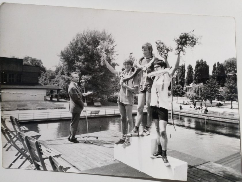 Věnce pro vítěze závodu, Praha Julda Fulda, sezona 68/69 / foto: Jarda Honců