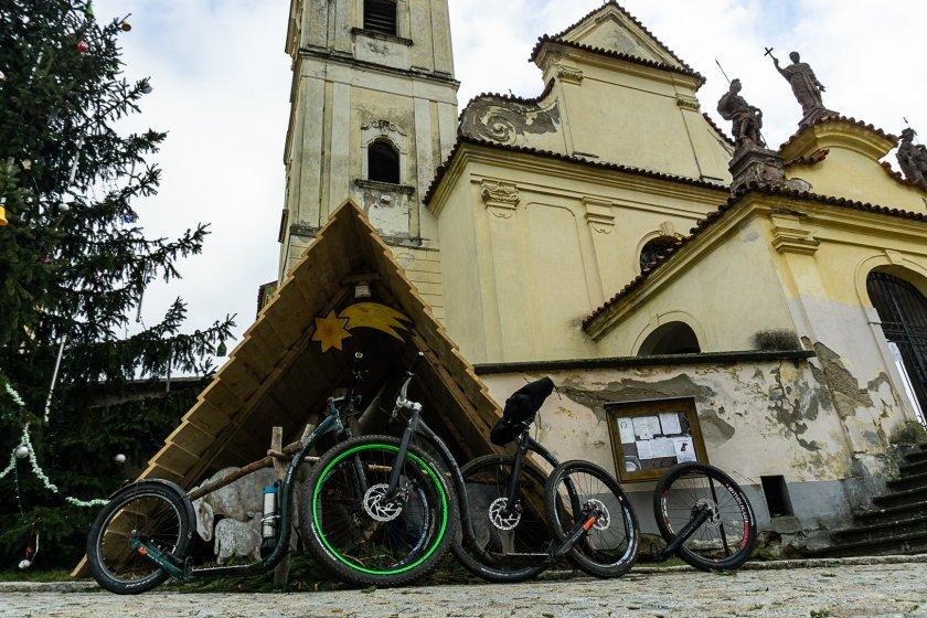 Kostelík v Choceradech